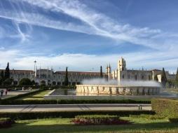 Jardim de Belem in front of the Mosteiro dos Jerónimos